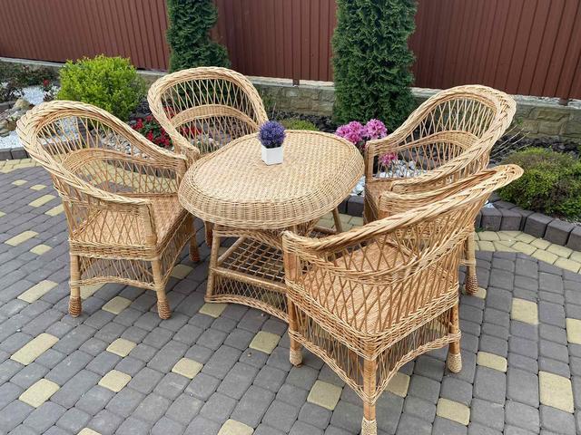 Наборы садовой плетеной мебели з кріслами