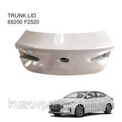Крышка багажника ляда Hyundai Elantra 2019- 69200-F2530