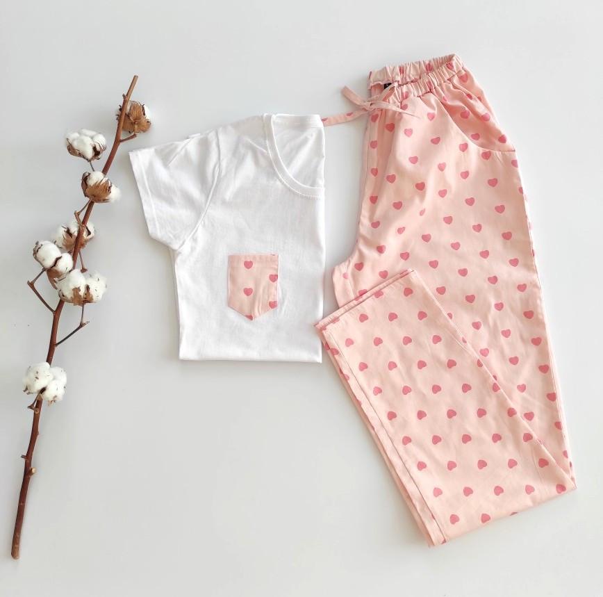 Домашний костюм-пижама хлопковый, в розовые сердечка, футболка и штаны