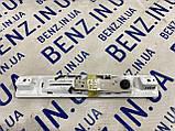Плафон освещения салона сзади слева Mercedes W221 A2218202301, фото 2