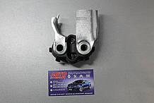 Кронштейн глушника-Кріплення глушника Renault
