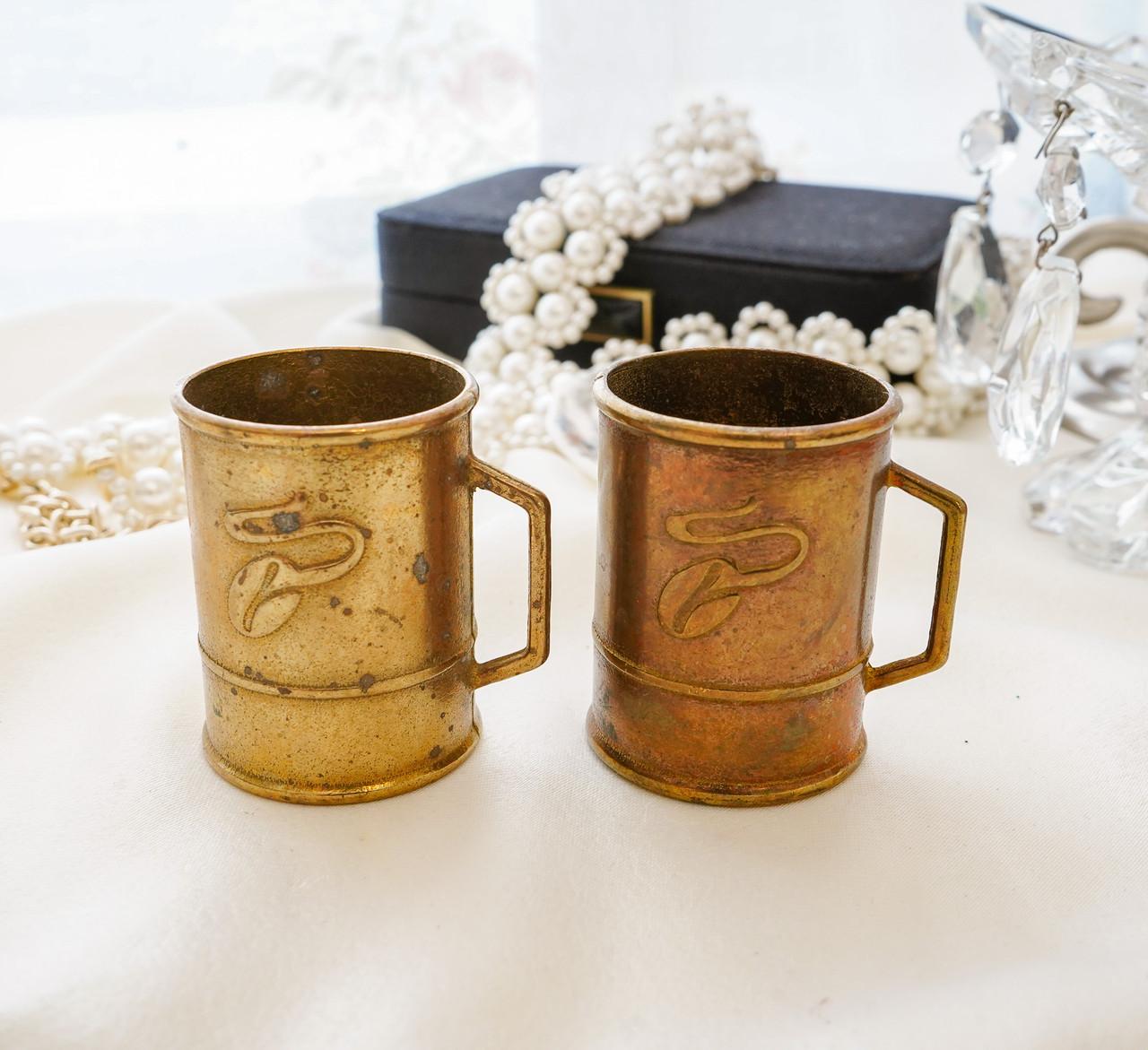 Стара бронзова чашечка, підставка під зубочистки, солонка, бронза,, Німеччина