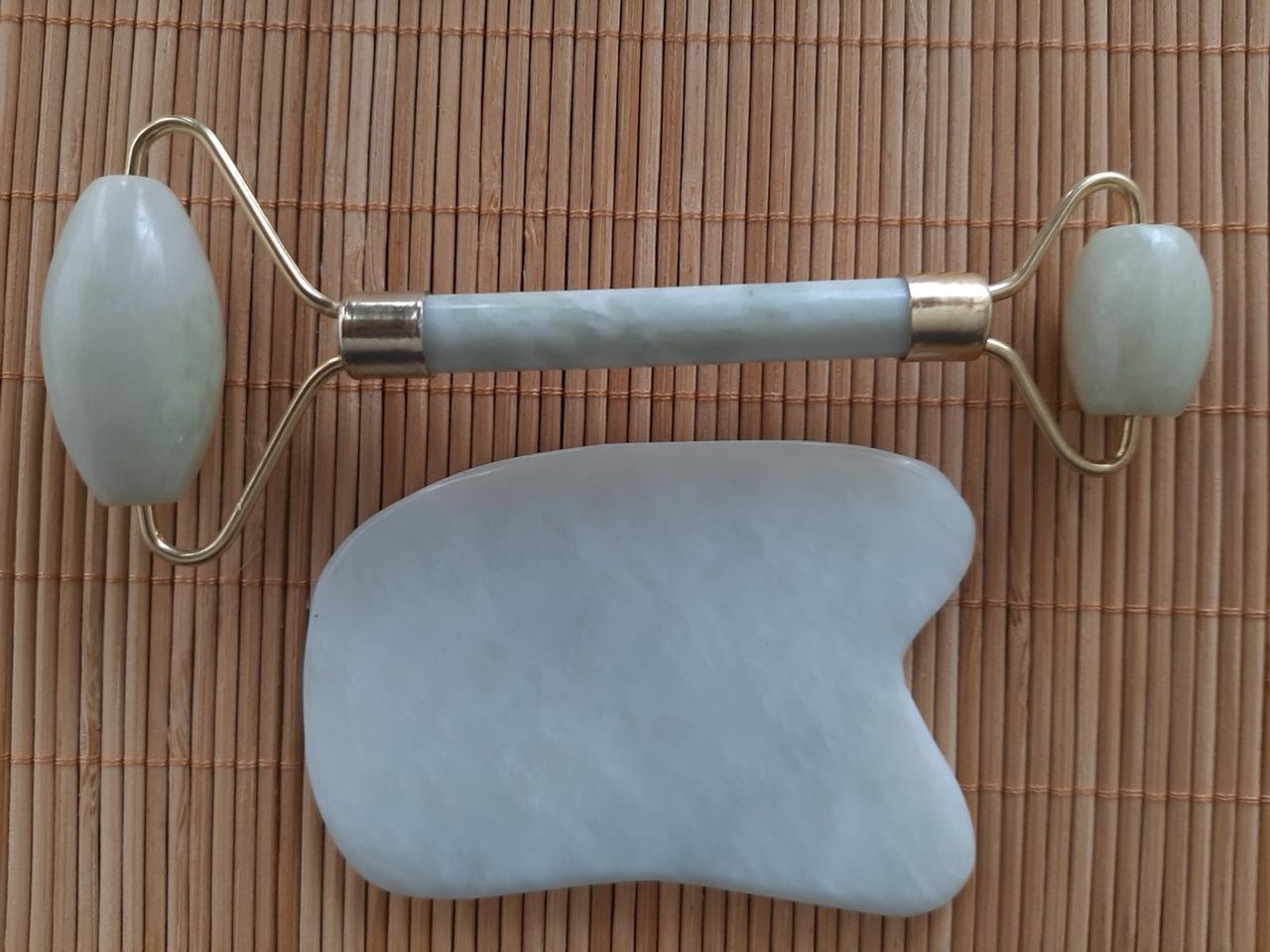 Набор массажер роллер для лица и тела плюс скребок Гуаша Прямоугольный