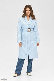 Демисезонное пальто нежно-голубого цвета с фактурным узором на утепленной ткани, размер  от 42 до 50