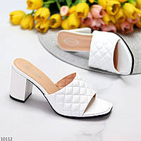 Фактурные белые женские шлепки шлепанцы на устойчивом каблуке 38-24,5см