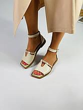 Женские кожаные босоножки с декором на низком ходу с квадратным носком