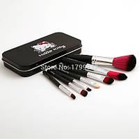 Кисти для макияжа Hello Kitty 7 шт в металлической коробке