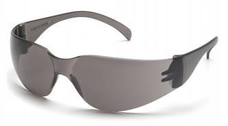 Спортивні окуляри з чорними лінзами Pyramex INTRUDER