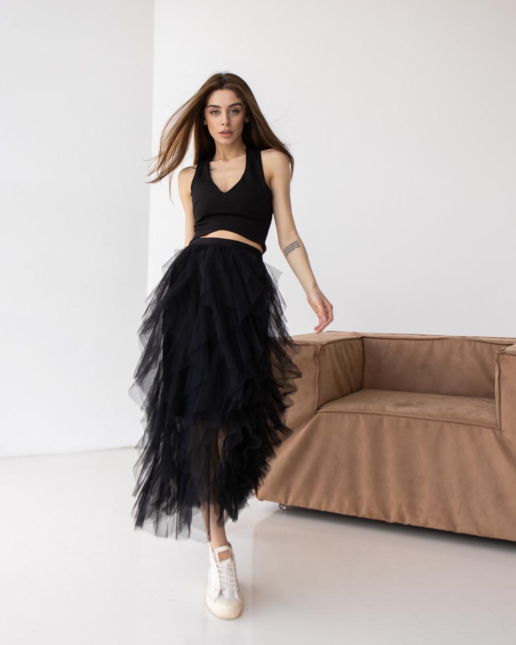 Летящая воздушная юбка миди в черном цвете в размере S/M и L/XL.