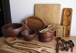 Деревянная посуда и столовые аксессуары