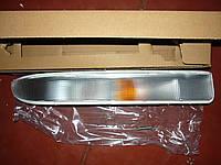 Указатель поворота правый белый Renault Master / Movano 98> (DEPO 551-1607R-UE-C)
