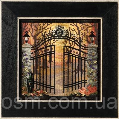 Набор для вышивки Жуткие ворота / Spooky Gate Mill Hill