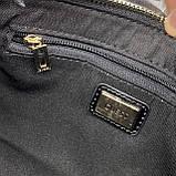 Женская лаковая сумочка GUESS 21GF-015 CONEY SHOULDER BAG багет через плечо с цепочкой черная, фото 6