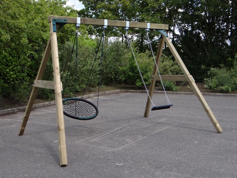 Гойдалка дерев'яна XL Deluxe з гніздом і сидінням на ланцюгах