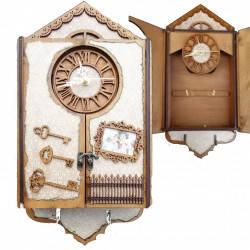 """Подарунковий дерев'яний сувенірний набір """"Настінна Ключниця маленький Будинок з годинником"""" ручної роботи"""