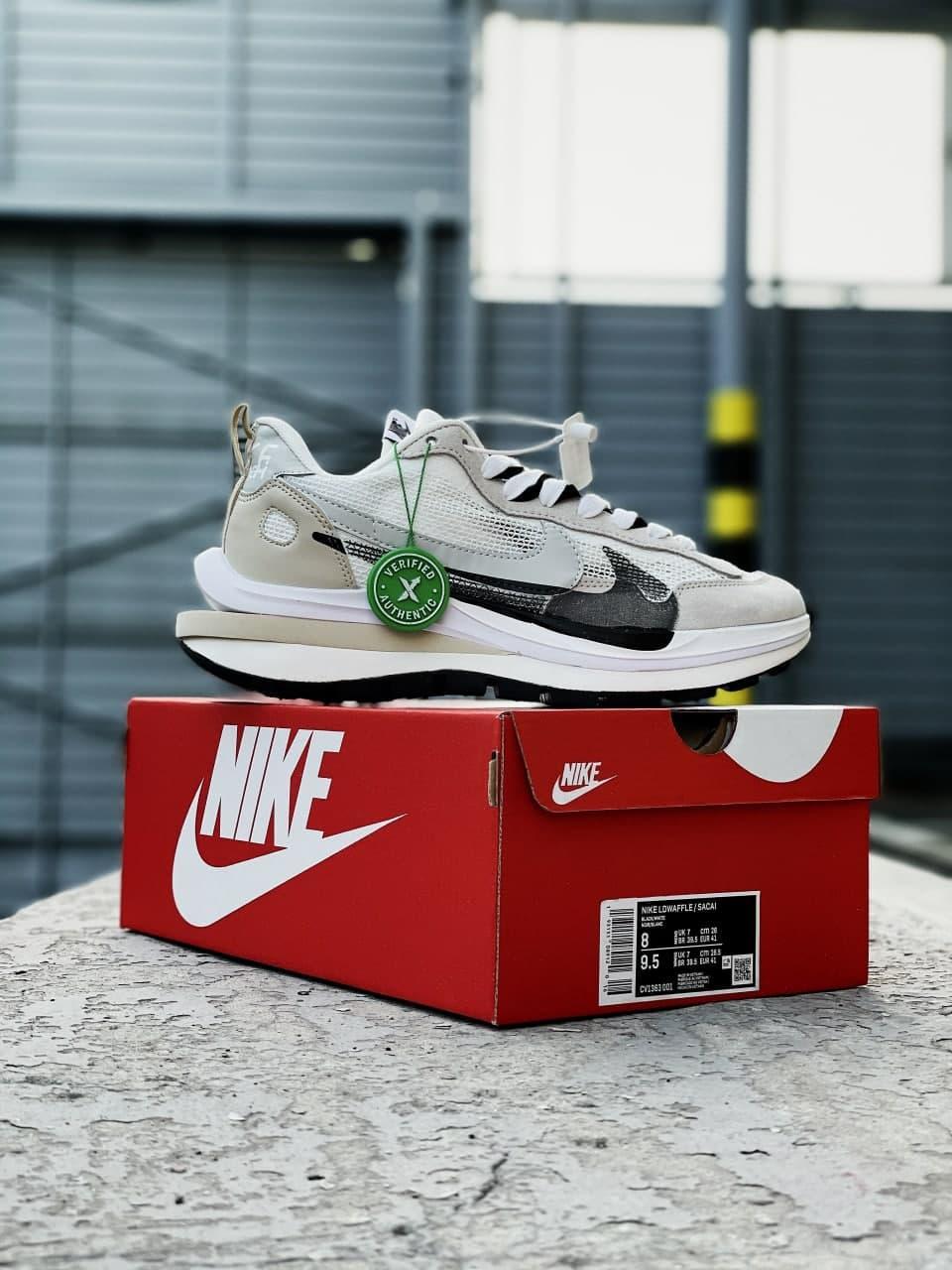 Жіночі кросівки Nike Sacai (світло-сірі) спортивна модне взуття J3269