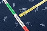 Відріз двошарового жатого мусліну з листочками на синьому тлі, розмір 75 * 135 см, фото 4