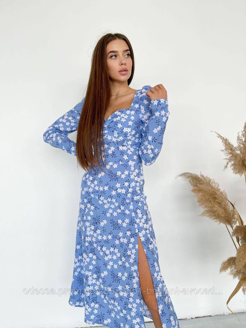 Женское красивое летнее платье в цветочный принт
