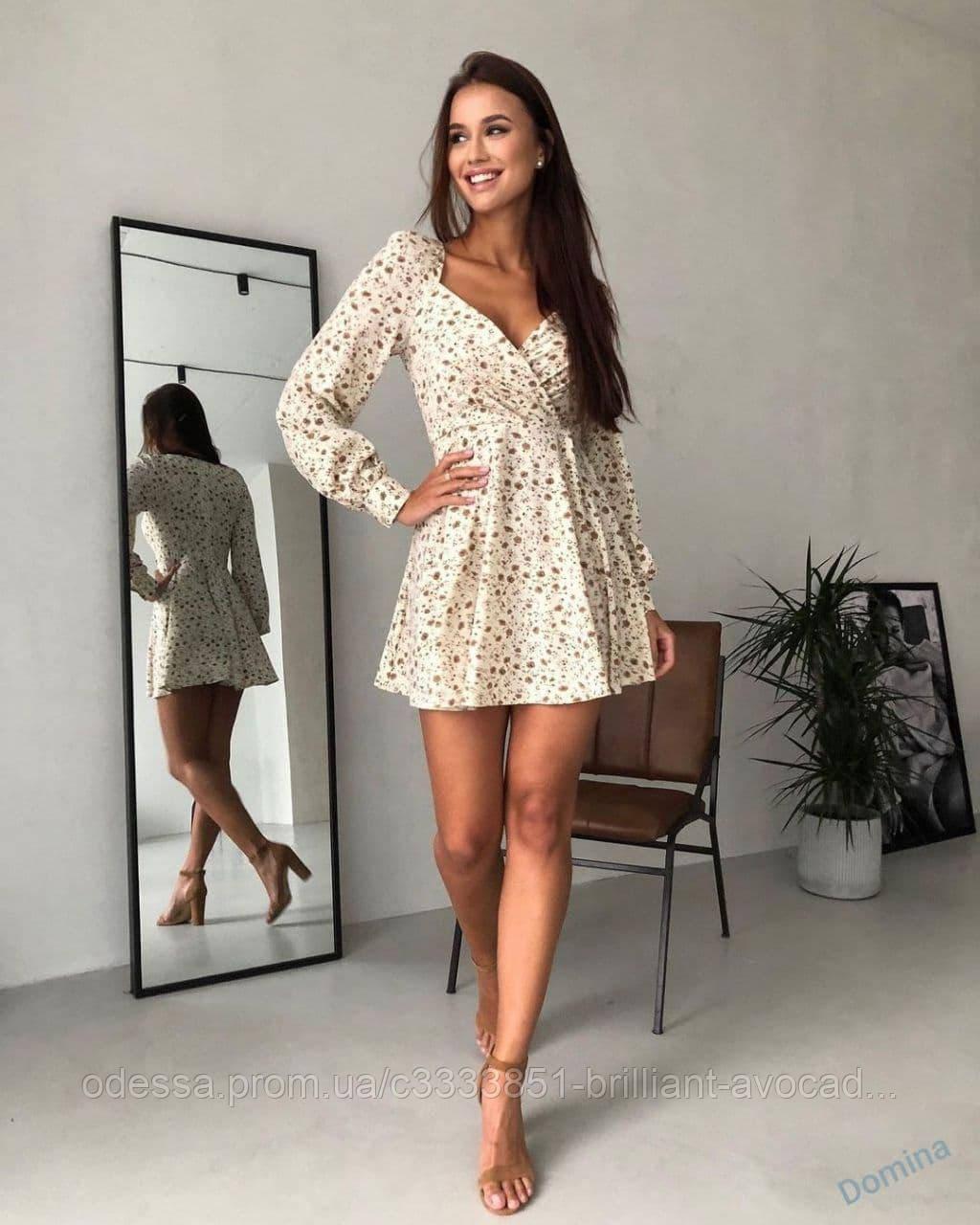 Жіноче літнє плаття в квітковий принт, міні, з імітацією запаху