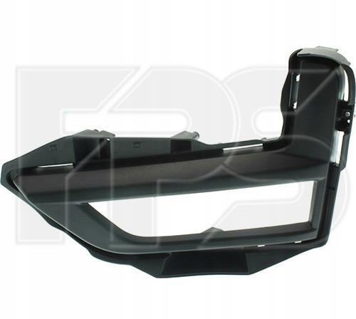 Решітка в бампері права Nissan X-Trail T32 '17- (чорна) (FPS)
