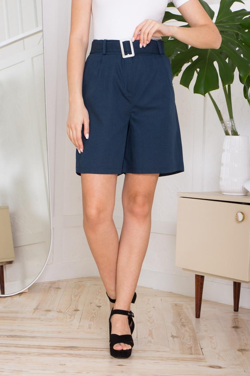 Жіночі літні лляні шорти прямого силуету, з двома бічними кишенями. Синього кольору