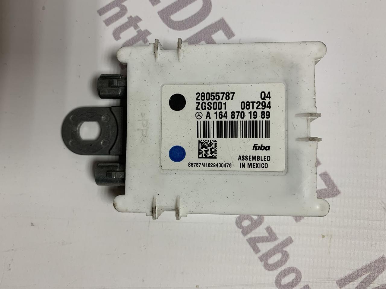 Підсилювач антени А1648201989 Mercedes ML W164 / GL X164 Мерседес мл гл 164