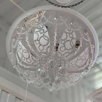 Люстра белая хрустальная 5 ламп есть пульт