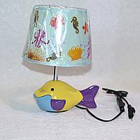 Лампа настольная, рыбка, 1 лампа, высота лампы - 30 см, диаметр абажура - 20 см.