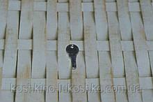 Миниатюра подвеска ключик