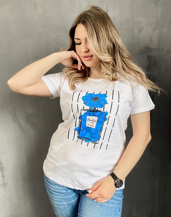 Батальная женская футболка с духами 50-60 (в расцветках)