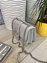 Сіра жіноча шкіряна (еко шкіра) міні сумочка - клатч на ланцюжку через плече Пінко. Міні сумка на плече, фото 2