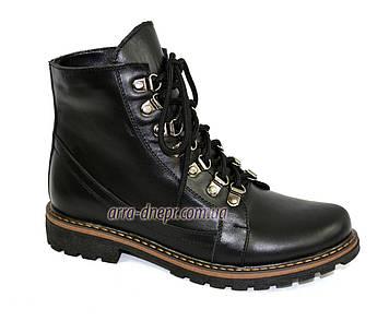 Женские ботинки на байке  из натуральной кожи черного цвета. 37 размер