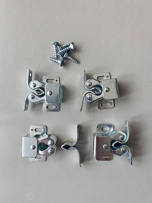 Защелки металлические для декоративных решеток на батареи, комплект из 4 шт.