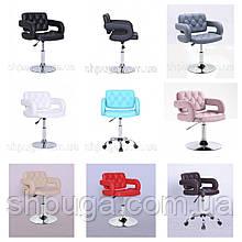 Перукарське крісло , крісло для майстра манікюру код 8403 колір на вибір.