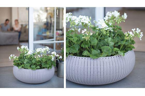 Горщики, кашпо і вазони для квітів