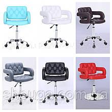 Перукарське крісло , крісло майстра , крісло комп'ютерне код 8403 шкірзам колір на вибір.
