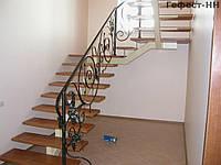 Лестница на второй этаж кованная