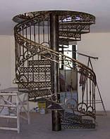 Лестницы деревянные кованые