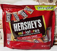 Шоколадные конфеты Hershey's Miniatures микс вкусов