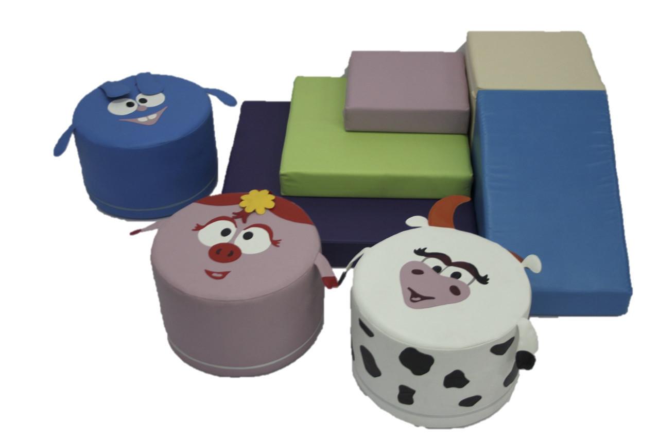 Игровой набор с горкой и пуфами Смешарики TIA-SPORT. ТС432