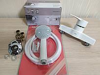 Смеситель для ванны и душа из термопластичного пластика SW Brinex 40W 010-005 пластиковый смеситель