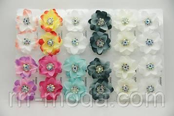 Серьги цветы из ткани с камнями бижутерия оптом .691