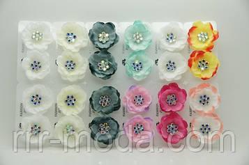 Серьги цветы из ткани с камнями бижутерия оптом .695