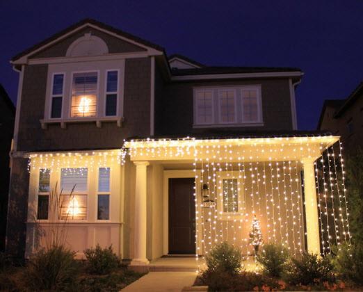 Светодиодная новогодняя иллюминация, обмотка деревьев, украшение фасада LED гирляндами