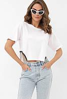 Стильная женская короткая футболка белого цвета