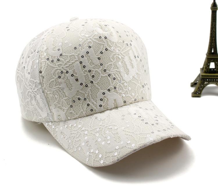 Бейсболка женская с кружевным узором и пайетками, Белая