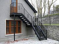 Кованые изделия для лестницы красивые