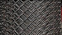 Рабица черная (объемный рулон) Ф 1,8 ячейка 50 мм (загнутые концы)
