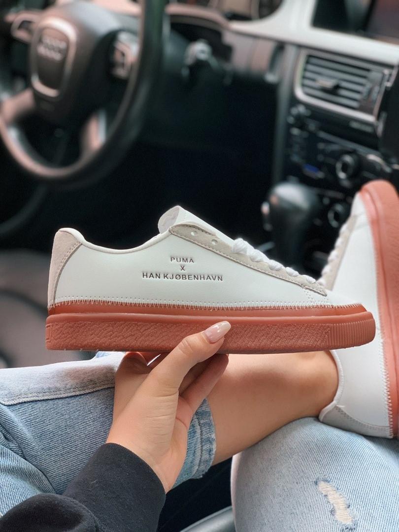 Жіночі кросівки Puma &Han