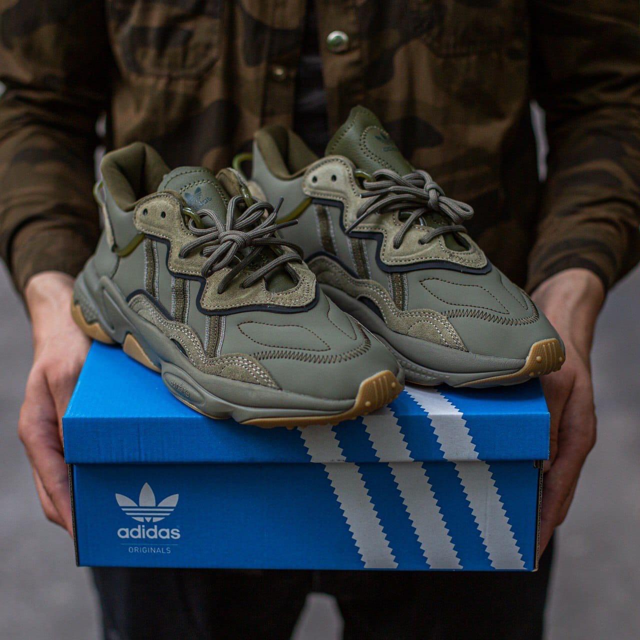Чоловічі/ жіночі кросівки Adidas Ozvego Haki хакі